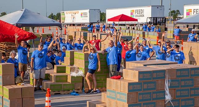 Feed the Children voluntarios